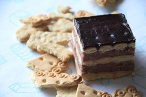 Tort cu biscuiți